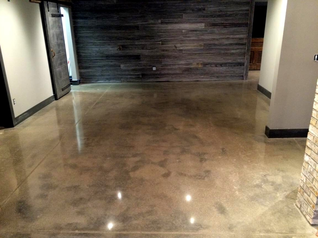 Cincinnati polished concrete by reflective crete for Concrete flooring service